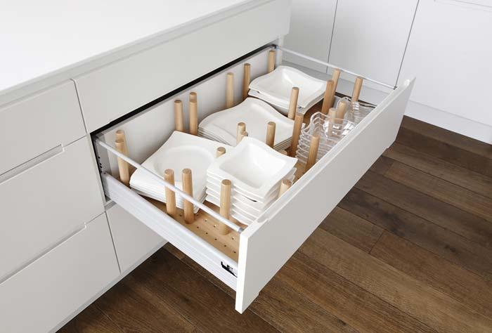 Küchenschublade-Geschirr